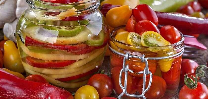 Маринованные овощи и фрукты - разные рецепты
